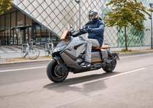 BMW odhaluje elektrický skútr CE 04. Nabízí futuristický design a až 42 koní. Co cena?