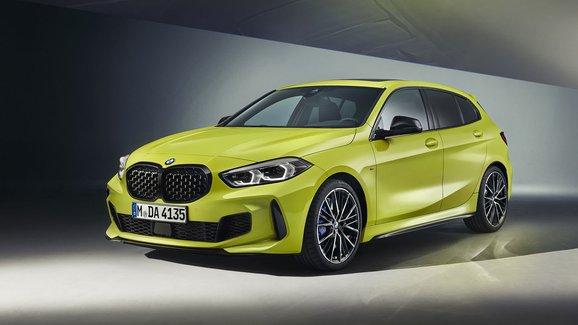 BMW M135i xDrive hodlá být schopnější. Dostal ostřejší naladění
