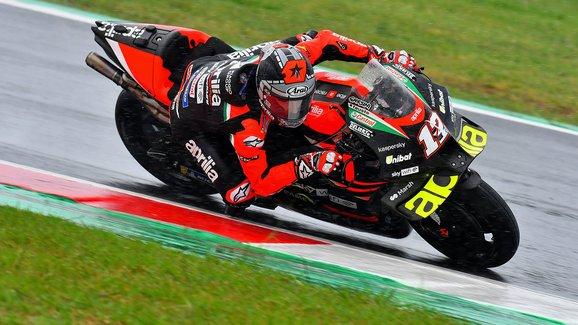 Motocyklová VC San Marina 2021: V Moto3 po pádu Romana Fenatiho vyhrál Dennis Foggia
