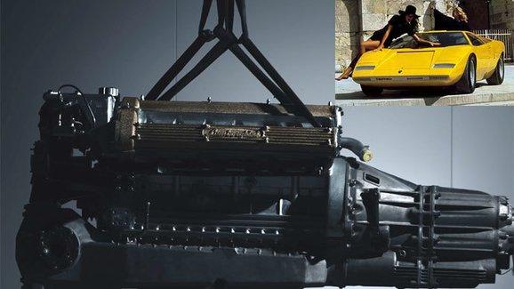Lamborghini ukázalo sestavování starého motoru V12 pro nový projekt