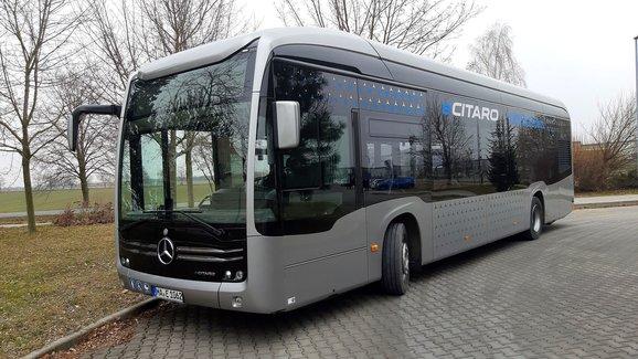 Jezdili jsme elektrickým městským autobusem Mercedes eCitaro