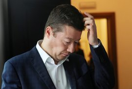 Okamura trvá na postu ve vedení sněmovny? Nemá nárok