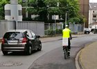 Snaha o bezpečnost, nebo jen buzerace řidičů? Cyklisty bude nutné objíždět ve stanovené vzdálenosti