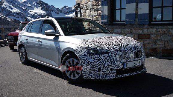 Modernizovaná Škoda Scala se blíží. Máme první fotografie jejího prototypu
