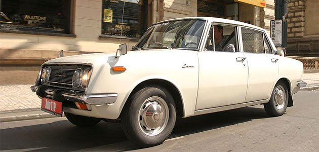 Toyota Corona 1500 (1969) - Exotika pro elitu